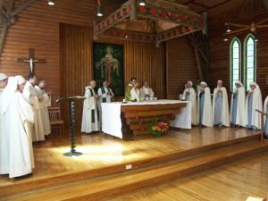 Cérémonie dans dans la chapelle Photo : Catherine Perras