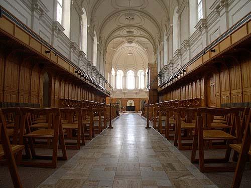 Chapelle de l'abbaye d'Oka Photo : Fondation du patrimoine religieux, 2003