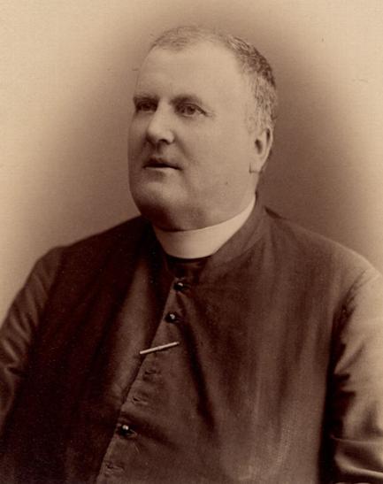 Le curé Antoine Labelle Photo : J.E. Livernois BANQ|P560,S2,D1,P569