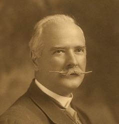 A.C. de Léry MacDonald, vers 1920. Archives régionales de Vaudreuil-Soulanges.