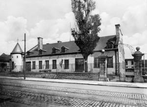 Château de Ramezay, entre 1900 et 1925. Bibliothèque et Archives Canada